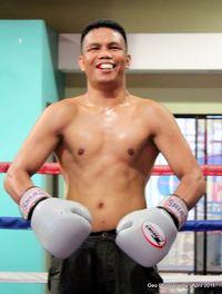 Roger Galicia boxer