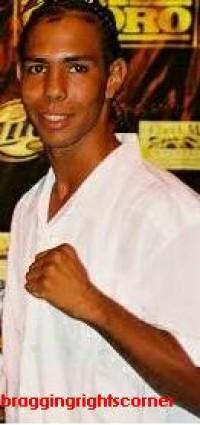Hicklet Lau boxer