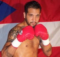 Daniel Santos boxer