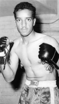 Ken Tavares boxer