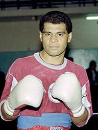 Ramon Arturo Britez boxer