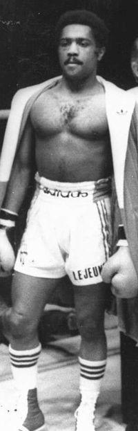 Ronald Zenon boxer