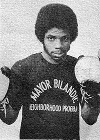 Wayne Lynumn boxer