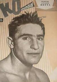 Miguel Angel Botta boxer