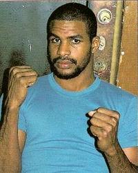 Carlos De Leon boxer