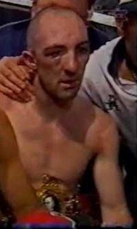 Derek Roche boxer