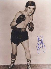 Ruben Olivares boxer