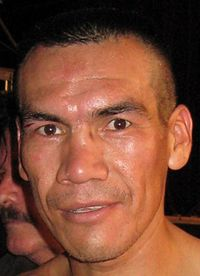 Cosme Rivera boxer