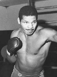 Adilson Rodrigues boxer