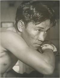 Varias Milling boxer