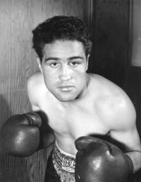 Juan Zurita boxer