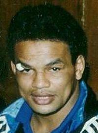 Marcos Villasana boxer