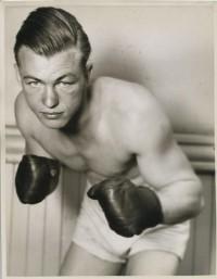 Everett Rightmire boxer