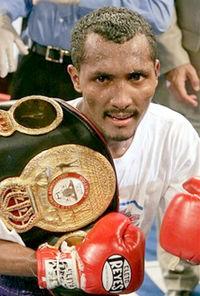 Anselmo Moreno boxer