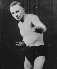 Johnny McCoy boxer