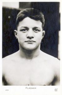 Emile Pladner boxer
