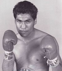 Lupe Aquino boxer