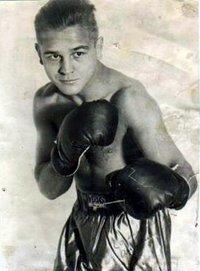 Valentin Angelmann boxer